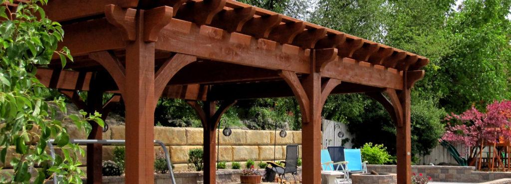 Construcción de pérgolas de madera