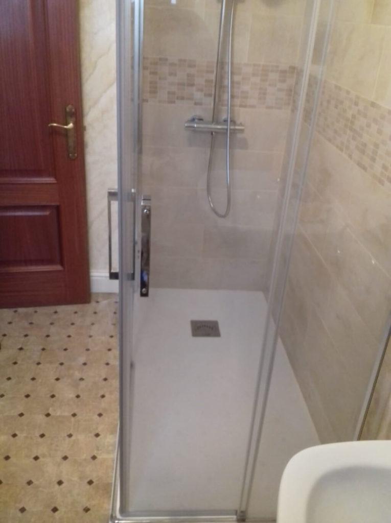 Instalación de cuarto de baño en Torrelavega